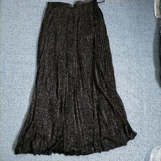 美品!黒ラメスカート