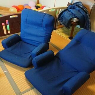 回転する座椅子×2個