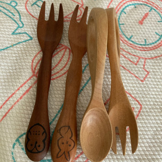 木製食器、フォークと離乳食スプーン&フォーク