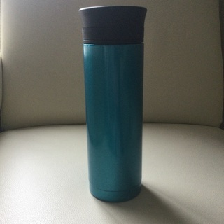 ステンレスボトル 水筒 水色 blue  高さ約19・5センチ ...