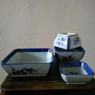 4種サイズの角皿セット