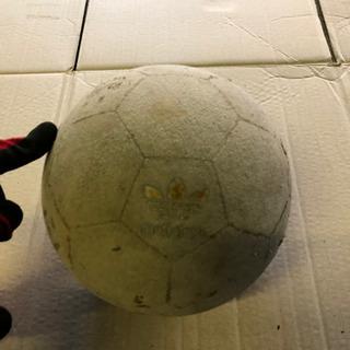 サッカーボール 4号球