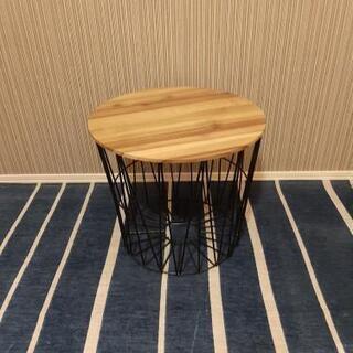 カゴ型テーブル?