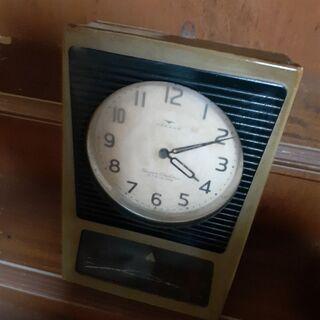 振り子時計差し上げます。