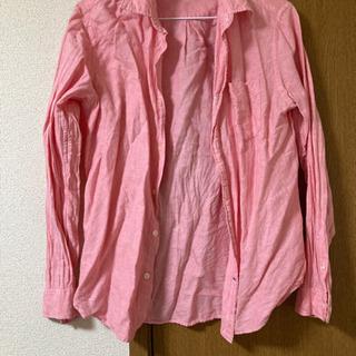 GAPピンクシャツ
