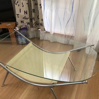 ガラステーブル 横105×縦60×高さ40 サビあり