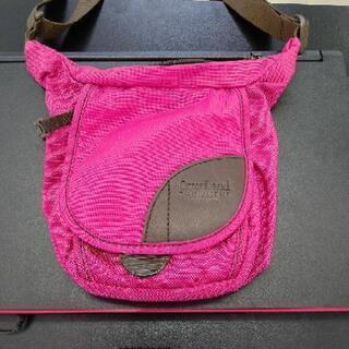 ピンク色 ショルダーバッグ