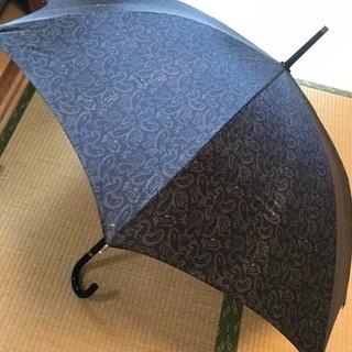 ペイズリー柄の傘