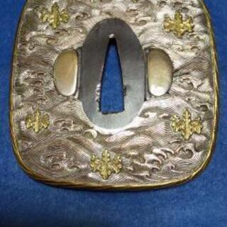 古物    日本刀の鍔