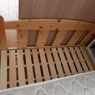 天然木シングルベッド、マットレス付き