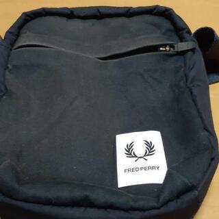FRED PERRY ショルダーバッグ
