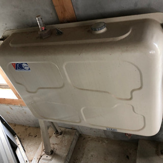 屋外用灯油ホームタンク200ℓ  錆なし!