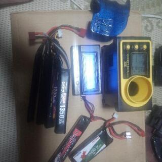 電動ガン、バッテリー、電圧計、弾速計、