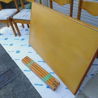 ダイニングテーブル・椅子4脚