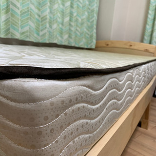 [取引中] 寝心地のいいベッドマットレスを0円でお譲りします!