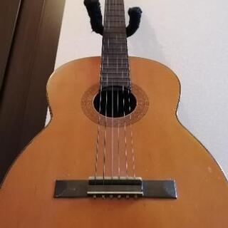 アコースティックギター《初心者でも押さえやすいアンティーク…