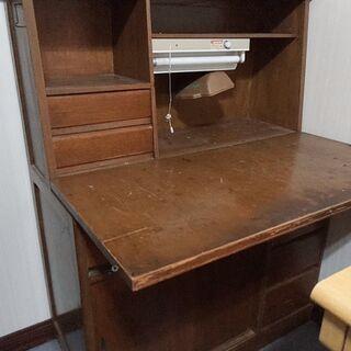 昭和が好きな方にはぴったりの木製 古い机【指定日に取りに来てくだ...