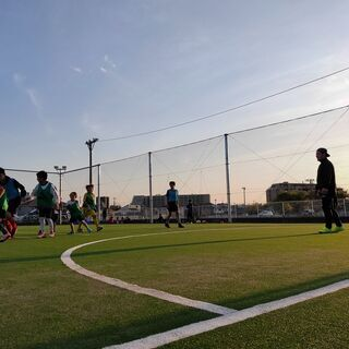 【5/22(土)】NEW OPENのフットサル場で親子サッカー開催!!