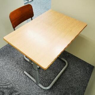 コクヨ 学校の机.椅子SET