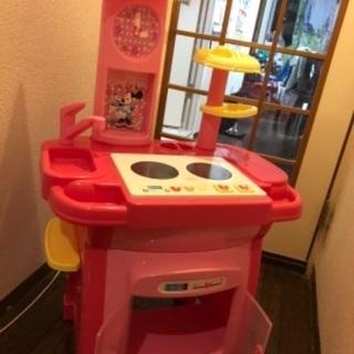 【ネット決済】ピンクのミニーのキッチンです。