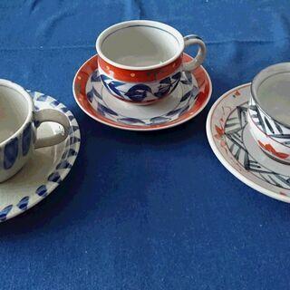 コーヒーカップ3客その2