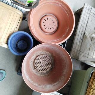植木鉢 3つ