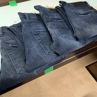 未使用デニム30〜34インチ 120本ほど(Tシャツ数枚付…