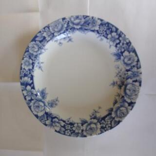 お花模様の大きめ皿2枚 その他2枚   引き取り限定