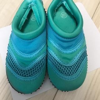 夏用の靴 海用シューズ 16㎝