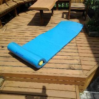 アメリカBROOKSTONE製 フローティングベッド