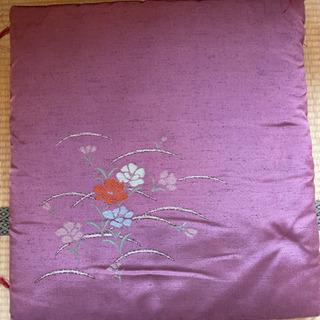 真綿、手縫い来客用座布団4枚セット差し上げます