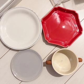 食器8点(皿2枚/小皿4枚/グラタン皿1枚/ティーカップ1…