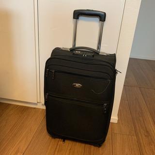 スーツケース 黒色 軽量