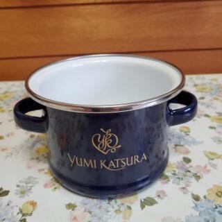 ホーロー鍋とスプーン 桂由美