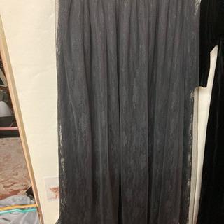 黒いレースのスカート M