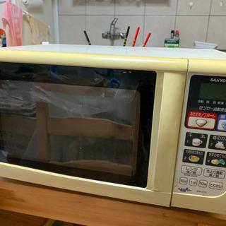 SAN YOサンヨー 電子レンジ EM-A10