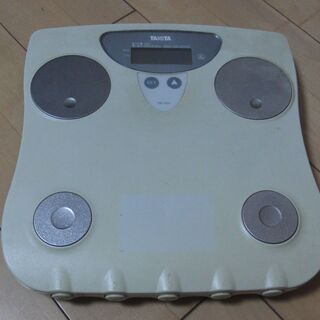TANITA 体重・体脂肪計