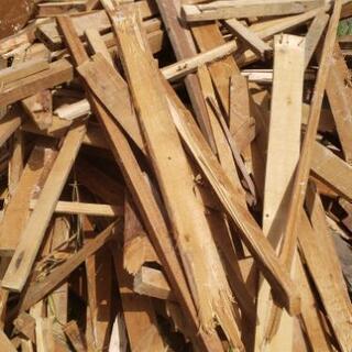 木材‼️キャンプの必需品‼️無料!!