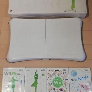 中古Wii ゲームソフト4本+Wii Fitボード