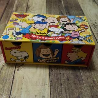 ユニバーサルで購入したお菓子の箱