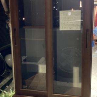 【無料】本棚とデスクチェア