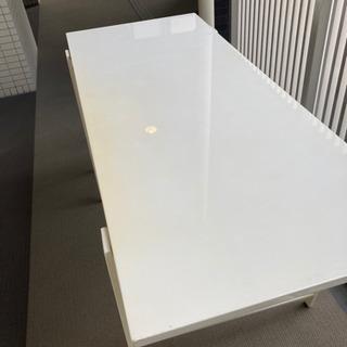 デスク、テーブル