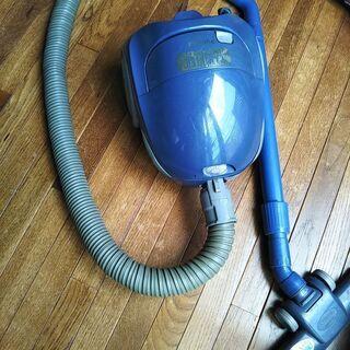 ナショナル掃除機:青(コード付き古いタイプ)