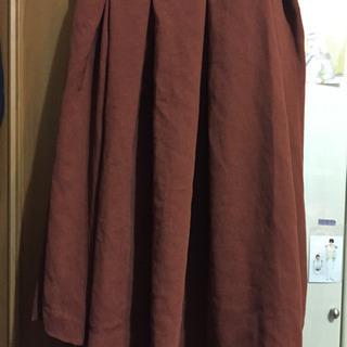 ユニクロ茶スカート
