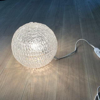 ニトリ製床置き照明の画像