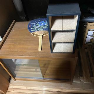 小さい棚、小物入れ