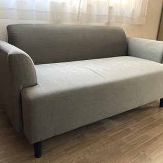 IKEA 2人がけソファ