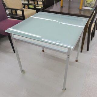 USED キャスター付き角ガラステーブル
