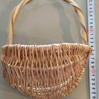 籐製の籠 中古品