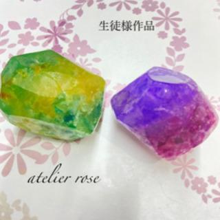 宝石石鹸の画像